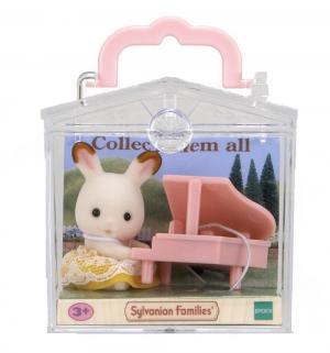 Игровой набор  Кролик и рояль 4 см Sylvanian Families