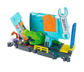 Mattel Игровой набор Сити с монстрами-злодеями FNB06 Hot Wheels