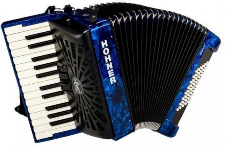Музыкальный инструмент  Аккордеон New Bravo II 48 1/2 Hohner The