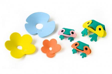 Мягкий 3D конструктор для игры в ванне Пруд с лягушками (6 элементов) Quut