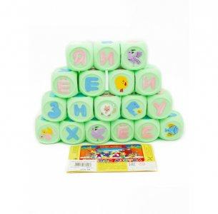 Веселая Азбука Набор кубиков в сумочке 18 шт. Кудесники
