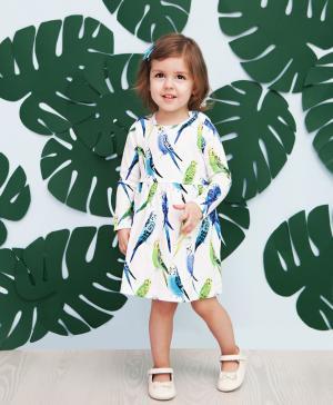 Платье  Попугаи, цвет: белый/зеленый The hip!