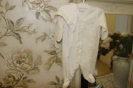 Комплект комбинезон/чепчик  белый Baby Pollo