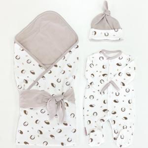 Комплект на выписку  летний (комбинезон, шапочка, плед, лента) Лесные ежики СуперМаМкет