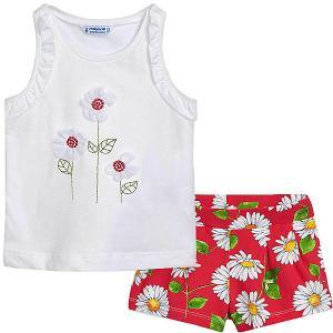 Комплект : футболка и шорты Mayoral. Цвет: красный
